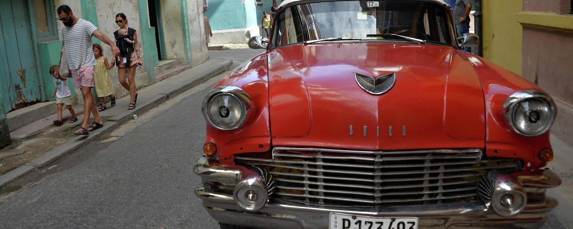 Coche estadounidense en La Habana, Cuba - Sputnik Mundo, 1920, 15.03.2021