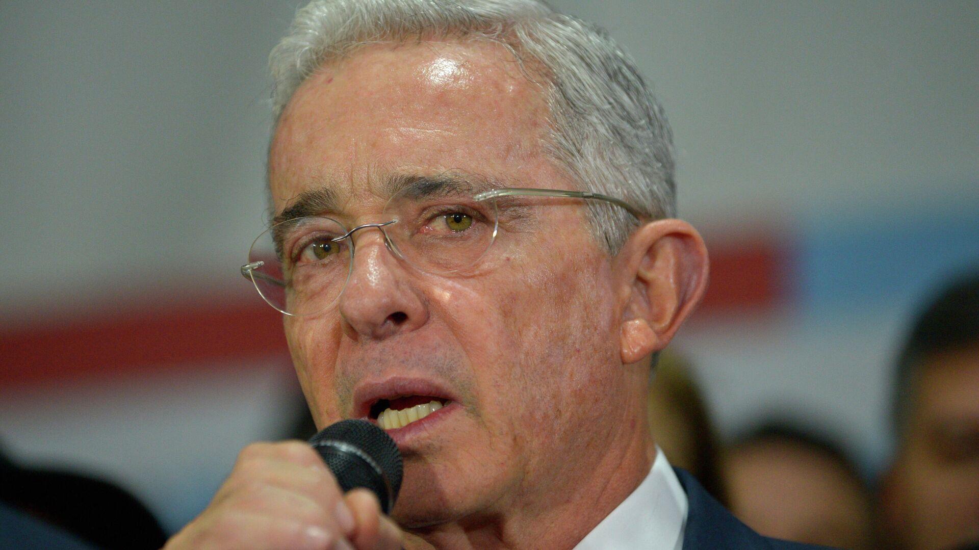 Álvaro Uribe, expresidente de Colombia - Sputnik Mundo, 1920, 16.03.2021