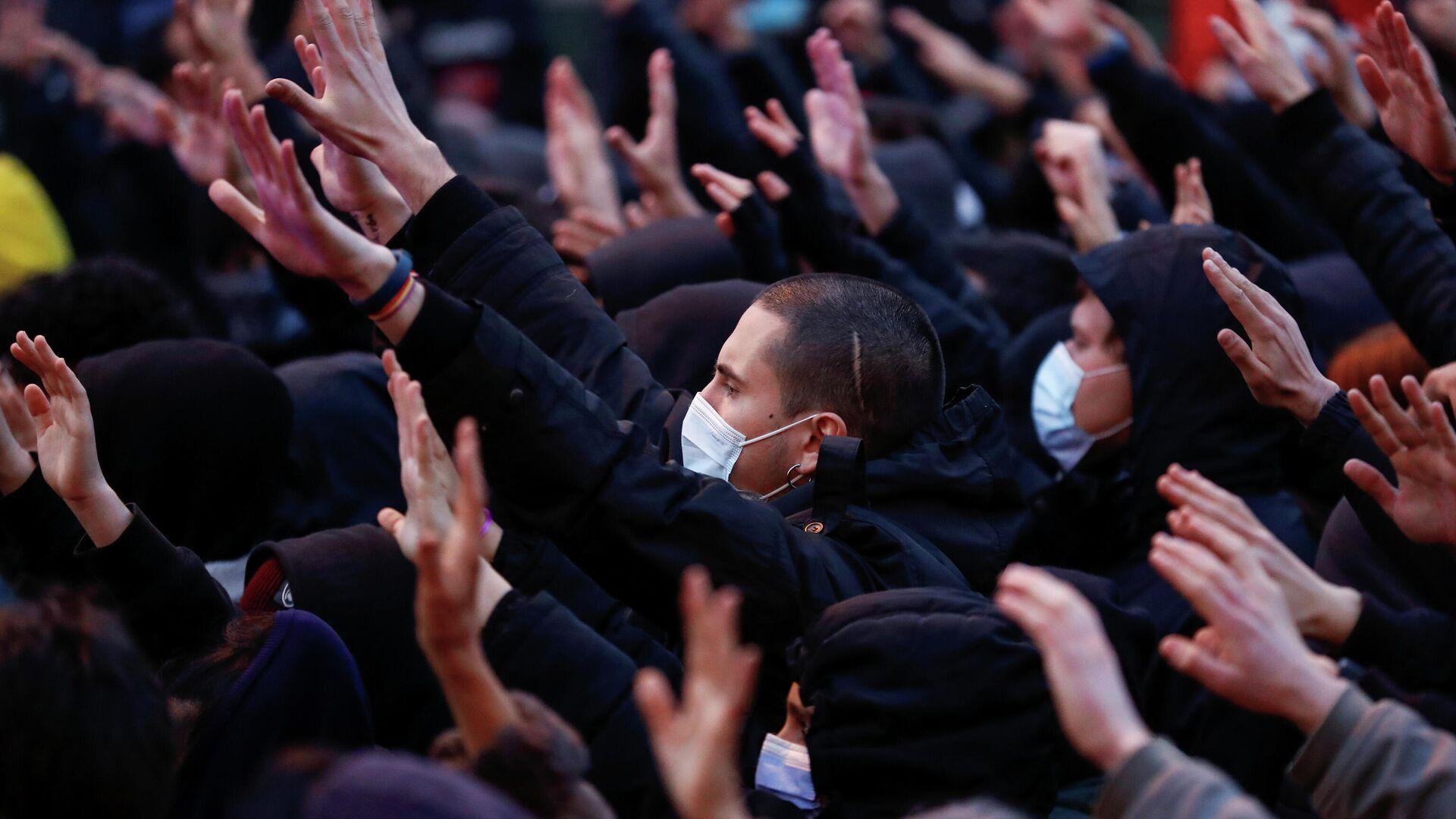 Protestas en apoyo al rapero Pablo Hasél en Madrid - Sputnik Mundo, 1920, 20.03.2021
