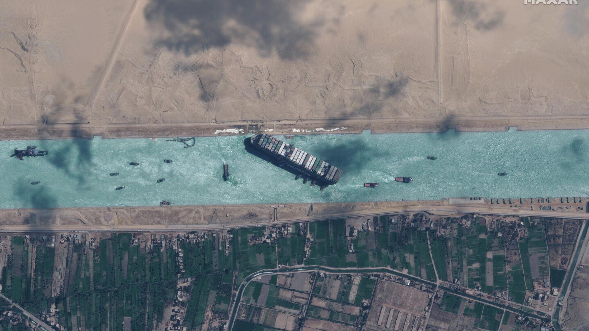 El supercarguero Ever Given en el canal de Suez - Sputnik Mundo, 1920, 31.03.2021