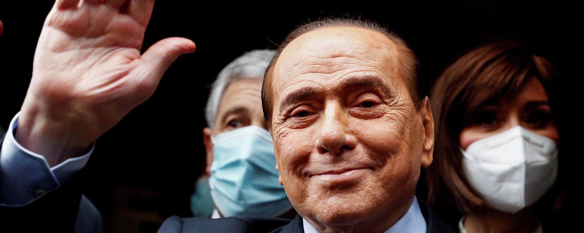 Silvio Berlusconi, ex primer ministro de Italia - Sputnik Mundo, 1920, 27.05.2021