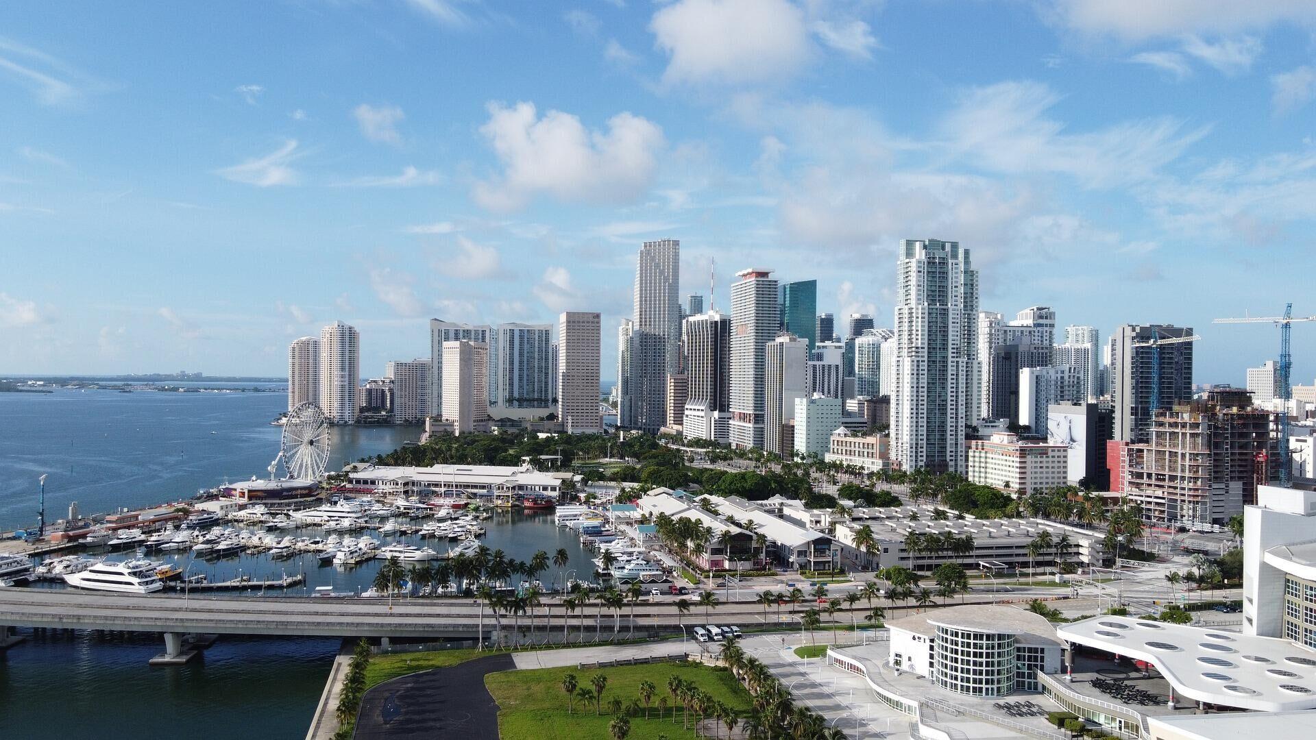 Rascacielos de Miami - Sputnik Mundo, 1920, 14.10.2021