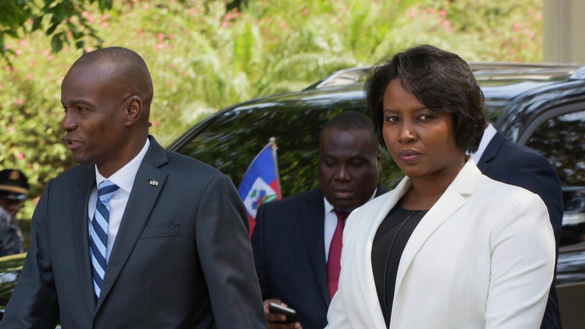 Jovenel Moise, expresidente de Haití y su esposa Martine (archivo) - Sputnik Mundo, 1920, 17.09.2021
