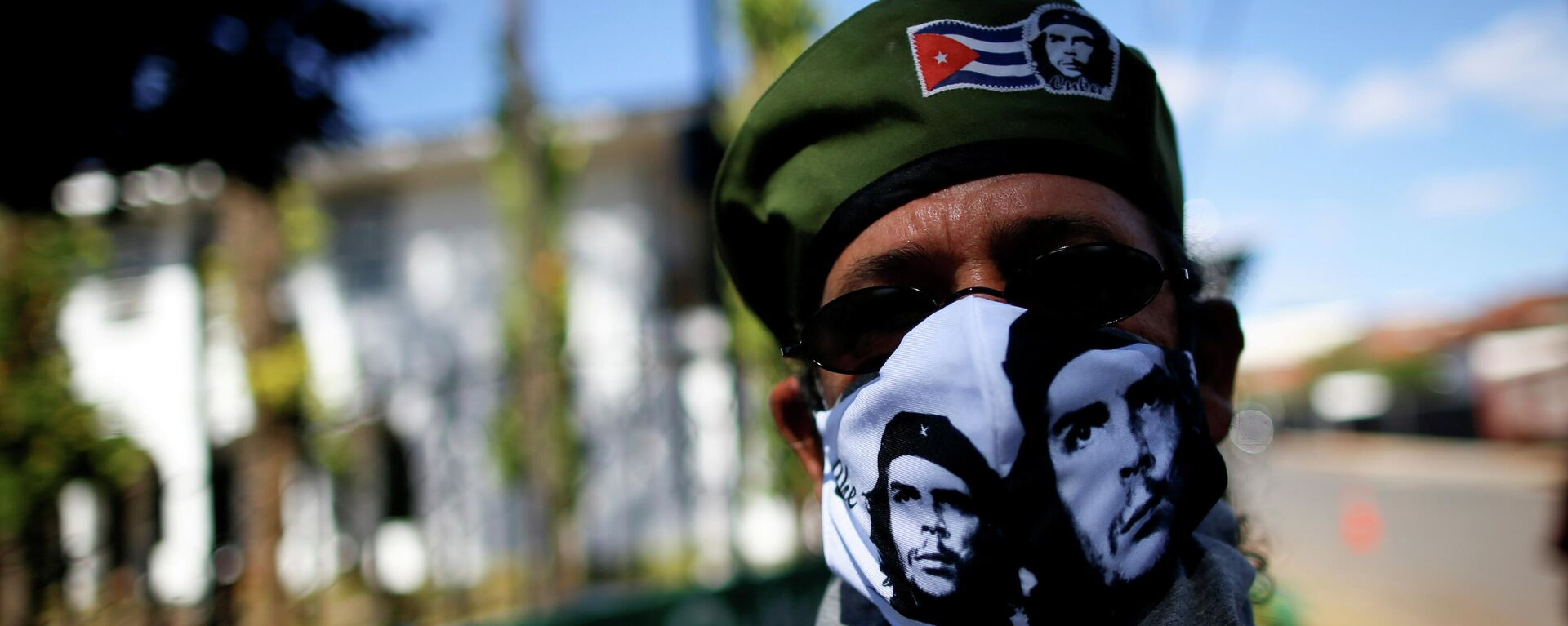 Un partidario del Gobierno cubano - Sputnik Mundo, 1920, 14.07.2021