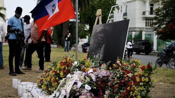 Homenaje al asesinado presidente de Haití, Jovenel Moise - Sputnik Mundo