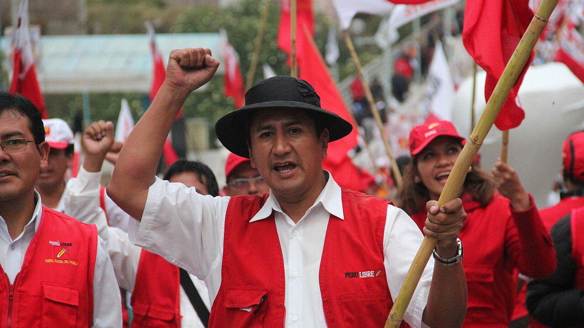 Valdimir Cerrón, líder y fundador de Perú Libre - Sputnik Mundo, 1920, 21.09.2021