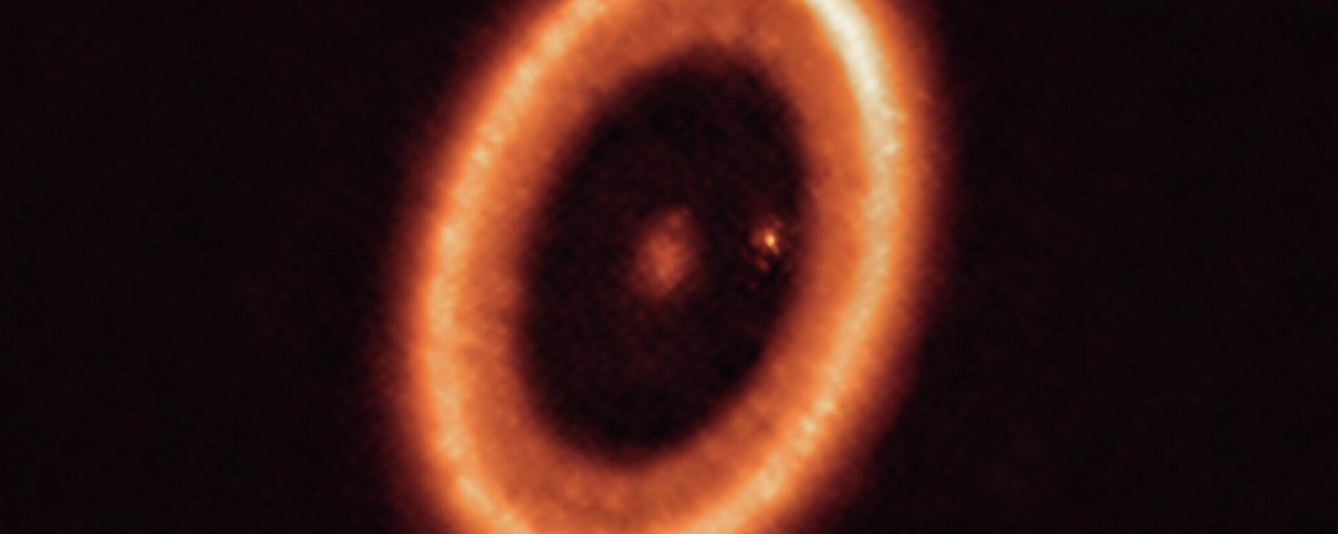 Detectan por primera vez un disco que crea lunas alrededor de un exoplaneta - Sputnik Mundo, 1920, 23.07.2021