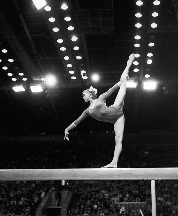 Durante la Olimpiada, en la televisión mexicana se exhibió diversas veces la premiada película Natali, la cual contaba la historia de la gimnasta soviética. - Sputnik Mundo