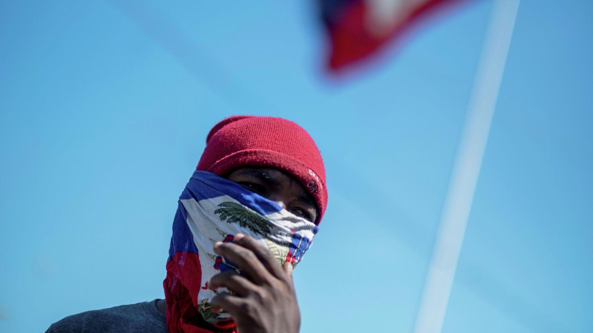 Manifestante en Haití - Sputnik Mundo, 1920, 06.08.2021