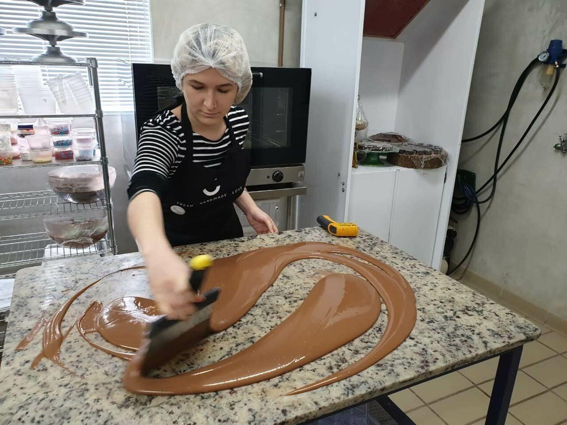 Raisa Coppola fabrica pasteles Medovik - Sputnik Mundo, 1920, 10.08.2021