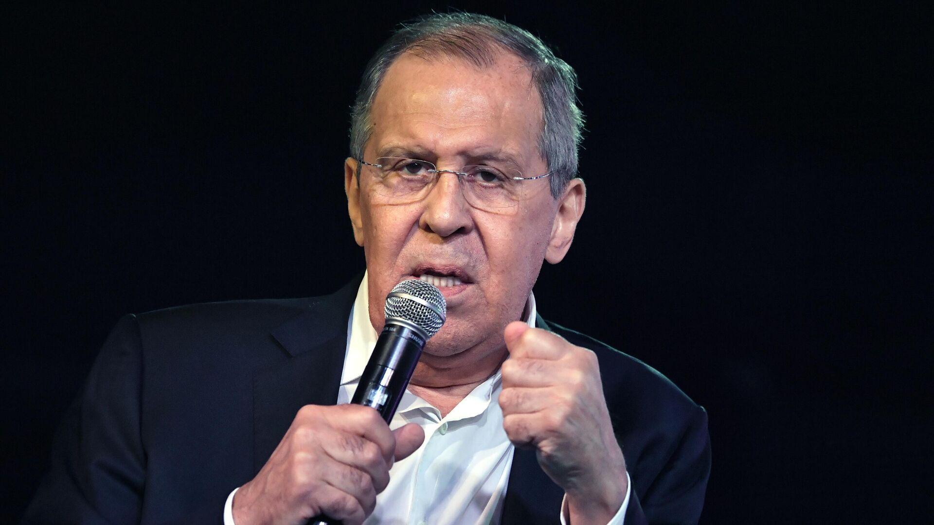 El ministro de Exteriores ruso, Serguéi Lavrov, en el foro Tavrida, ciudad de Sudak, el 12 de agosto de 2021 - Sputnik Mundo, 1920, 25.08.2021
