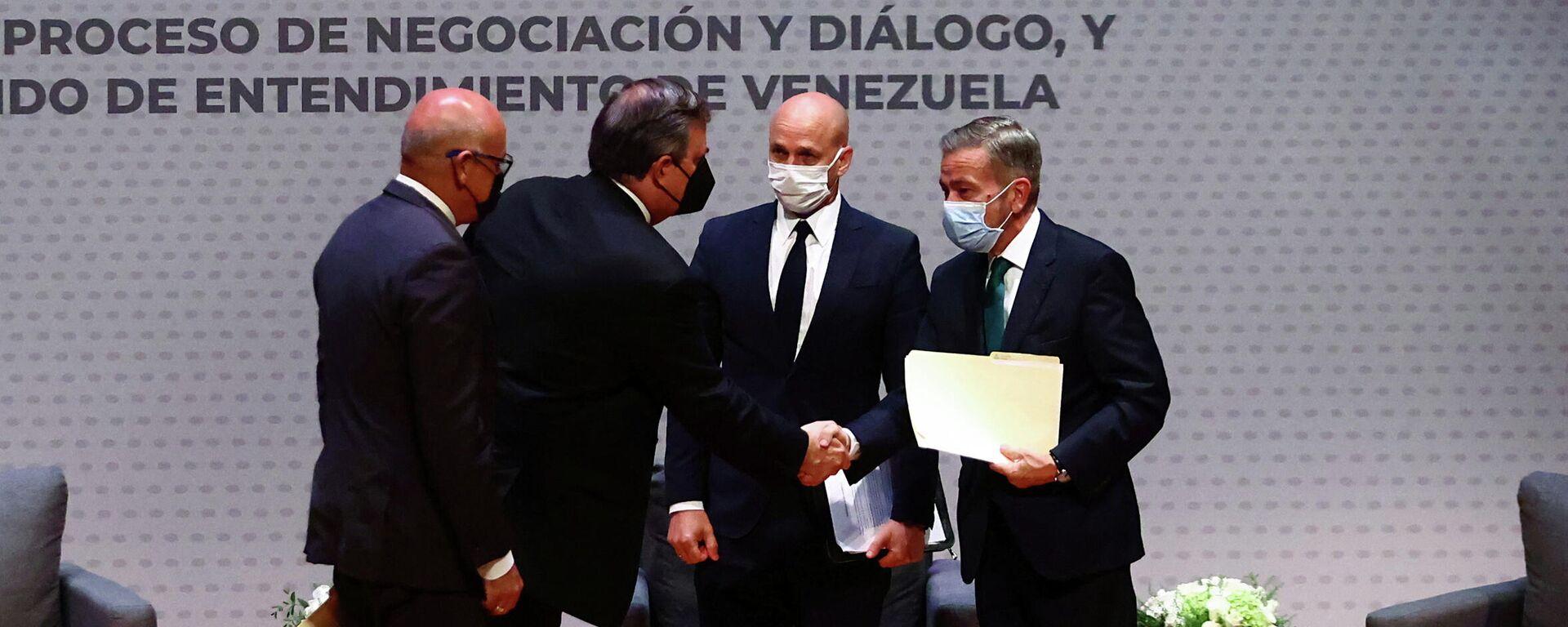 Representantes de Gobierno y oposición de Venezuela firman memorando de entendimiento - Sputnik Mundo, 1920, 23.08.2021