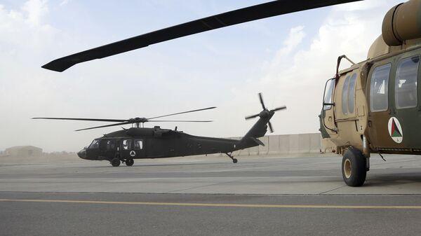 Американский вертолет UH-60 Black Hawk в Афганистане. Архивное фото - Sputnik Mundo