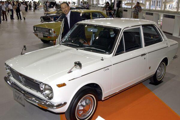 El primer modelo de un Corolla salió al mercado en noviembre de 1966.  - Sputnik Mundo