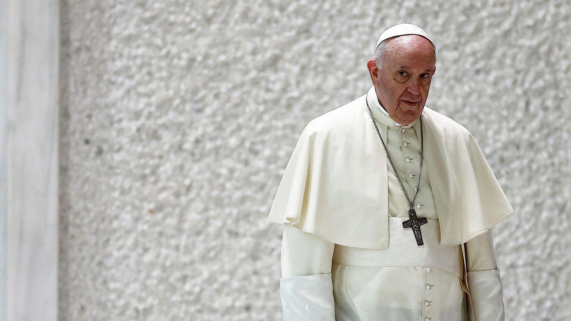 El papa Francisco - Sputnik Mundo, 1920, 27.09.2021