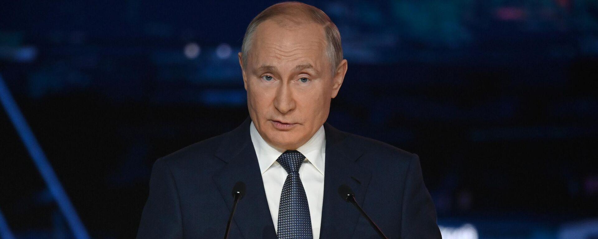 Vladímir Putin, presidente de Rusia - Sputnik Mundo, 1920, 13.10.2021