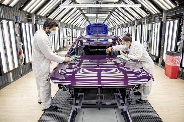 BMW Series 2 - Sputnik Mundo