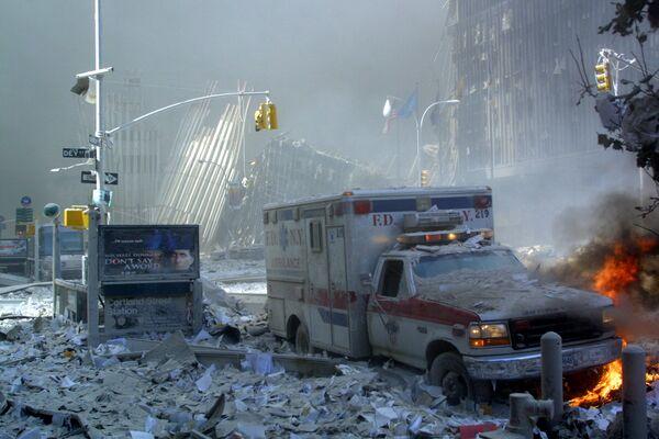 En el lugar del colapso de la torre WTC-1 en Nueva York. - Sputnik Mundo