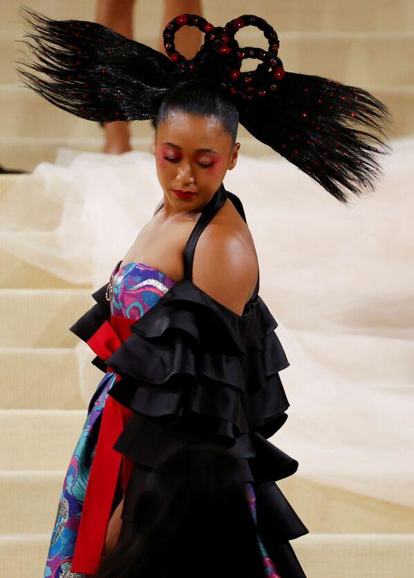 La tenista japonesa Naomi Osaka lucióen la gala un vestido de Louis Vuitton. - Sputnik Mundo