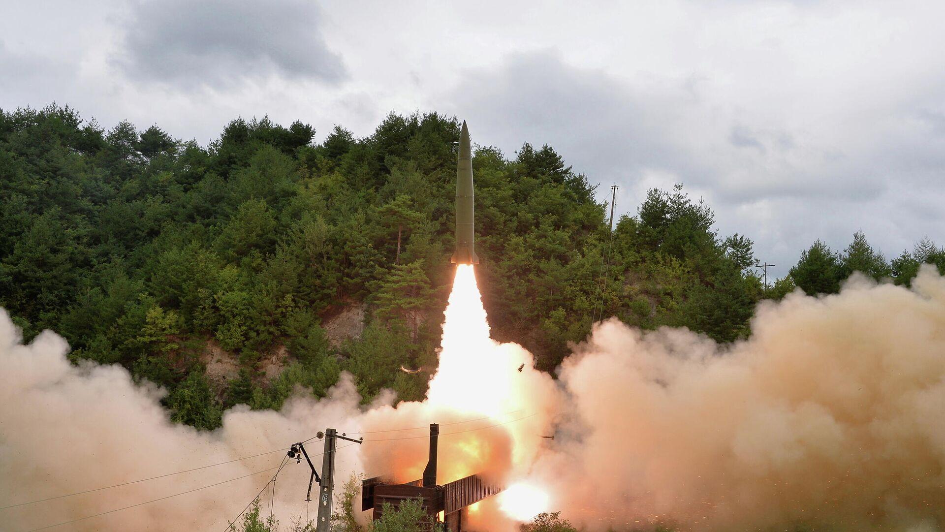 Lanzamiento de misil balístico norcoreano - Sputnik Mundo, 1920, 16.09.2021