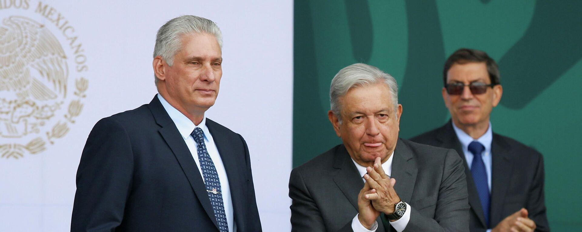 El presidente de Cuba, Miguel Díaz-Canel, junto al mandatario mexicano Andrés Manuel López Obrador - Sputnik Mundo, 1920, 17.09.2021