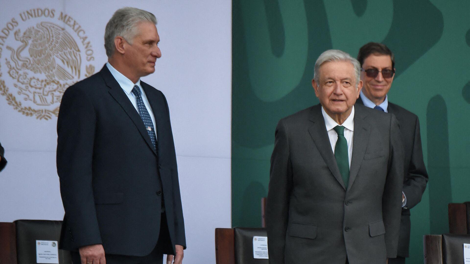 El presidente de Cuba, Miguel Díaz-Canel, a México, con su par mexicano Andrés Manuel López Obrador - Sputnik Mundo, 1920, 17.09.2021