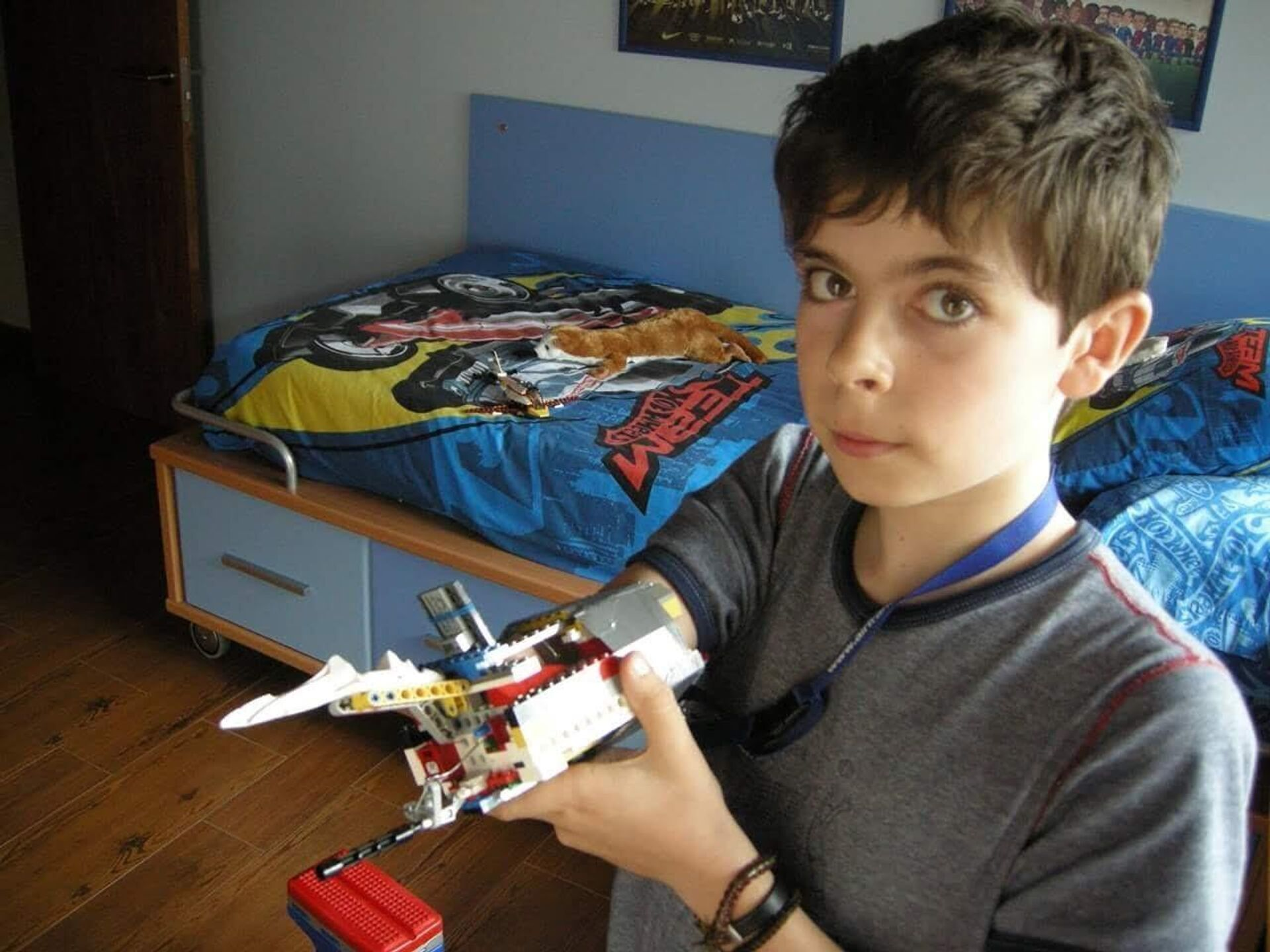 David Aguilar y su primera prótesis hecha con piezas de Lego - Sputnik Mundo, 1920, 17.09.2021