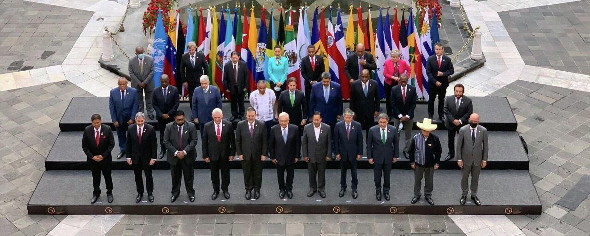 Foto de protocolo de los participantes en la Cumbre de la Comunidad de Estados Latinoamericanos y Caribeños (CELAC) en México, el 18 de septiembre del 2021 - Sputnik Mundo, 1920, 23.09.2021
