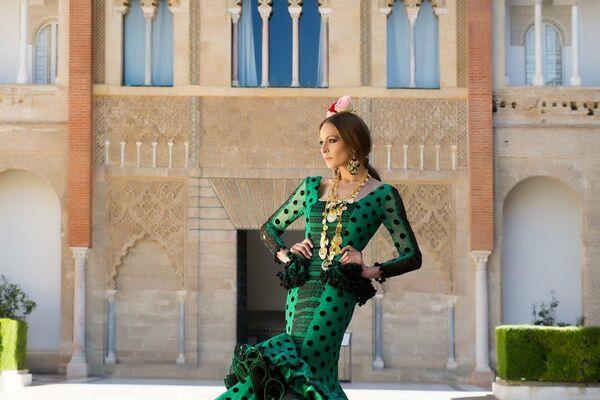 Eva González en el Alcázar de Sevilla, traje de Sara de Benítez - Sputnik Mundo
