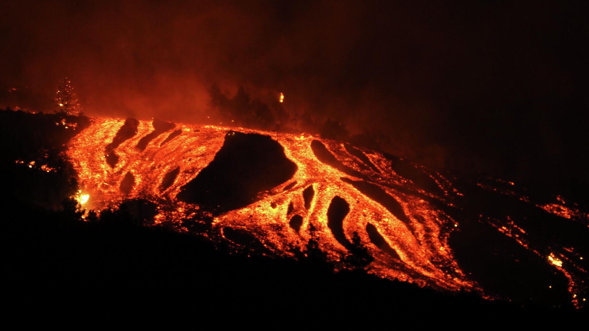 Erupción del volcán de Cumbre Vieja en La Palma - Sputnik Mundo, 1920, 20.09.2021
