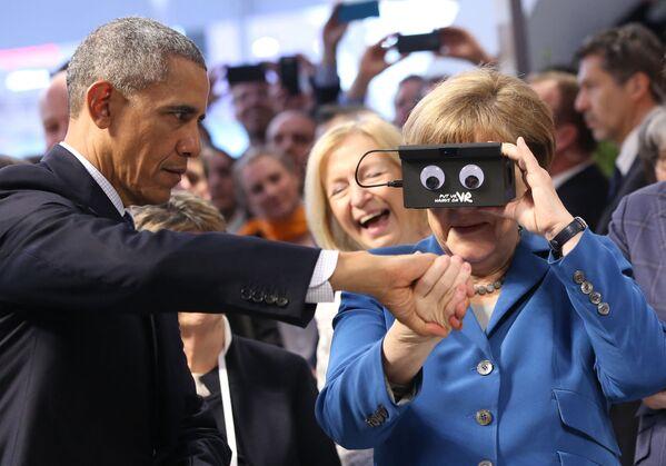 En las elecciones del 2017, el partido Merkel mostró el peor resultado de la historia con solo el 30,2% de los votos. El 29 de octubre, la canciller anunció que dejaría de postularse para la presidencia de la CDU y, una vez finalizado el período electoral, dejaría la política.En la foto: la canciller alemana, Angela Merkel, y el presidente de Estados Unidos, Barack Obama, en la Exposición Industrial de Hannover (Alemania), en el 2016. - Sputnik Mundo