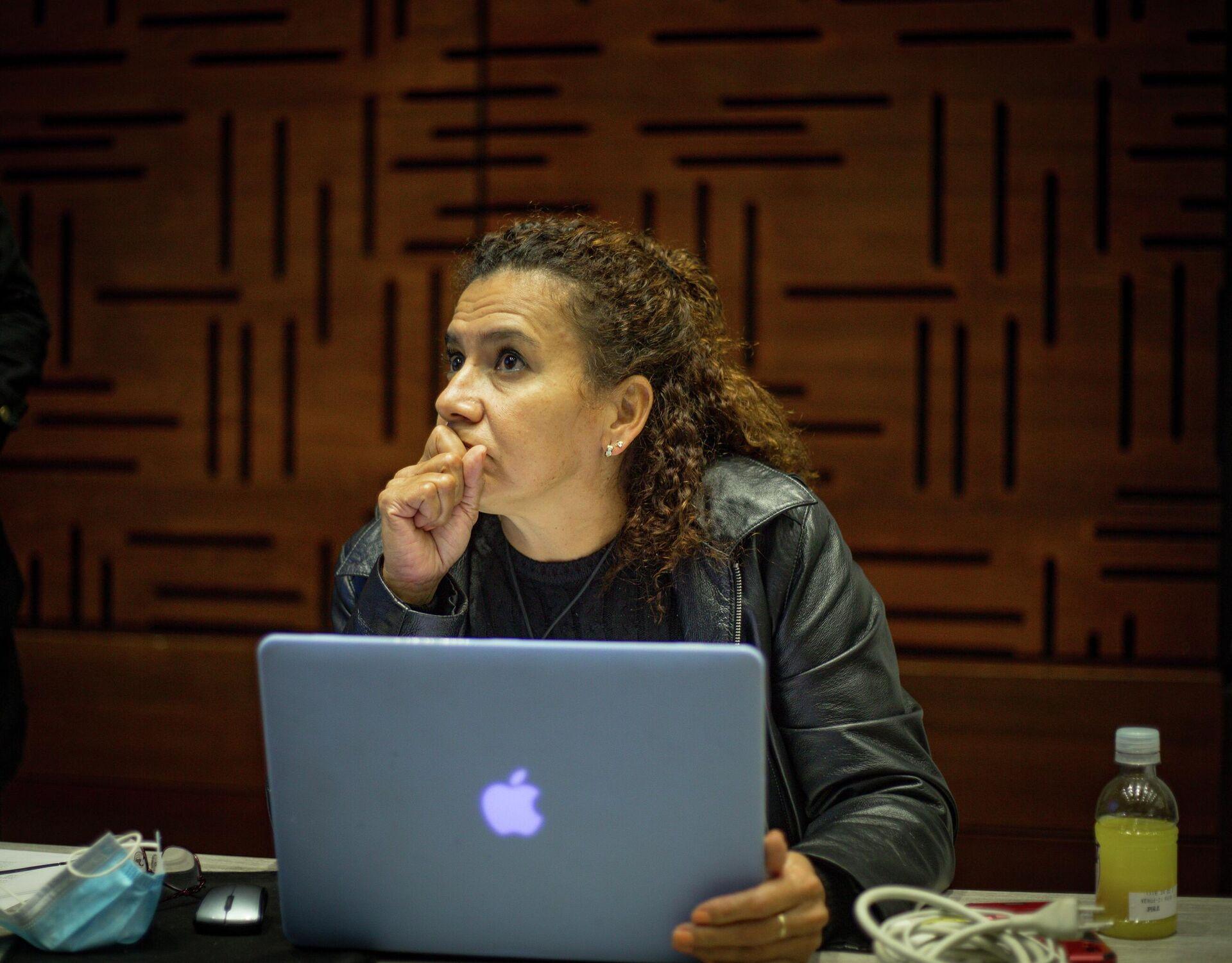 La exguerrillera Mireya Andrade lidera, por parte de las extintas FARC, la búsqueda de desaparecidos en el suroccidente de Colombia - Sputnik Mundo, 1920, 22.09.2021