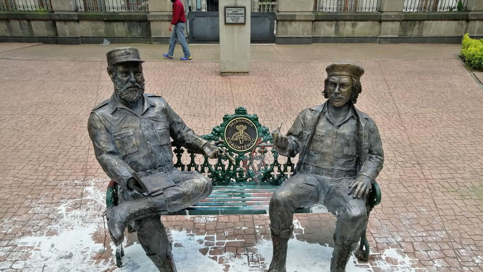 Fidel Castro y Ernesto 'Che' Guevara - Sputnik Mundo, 1920, 22.09.2021