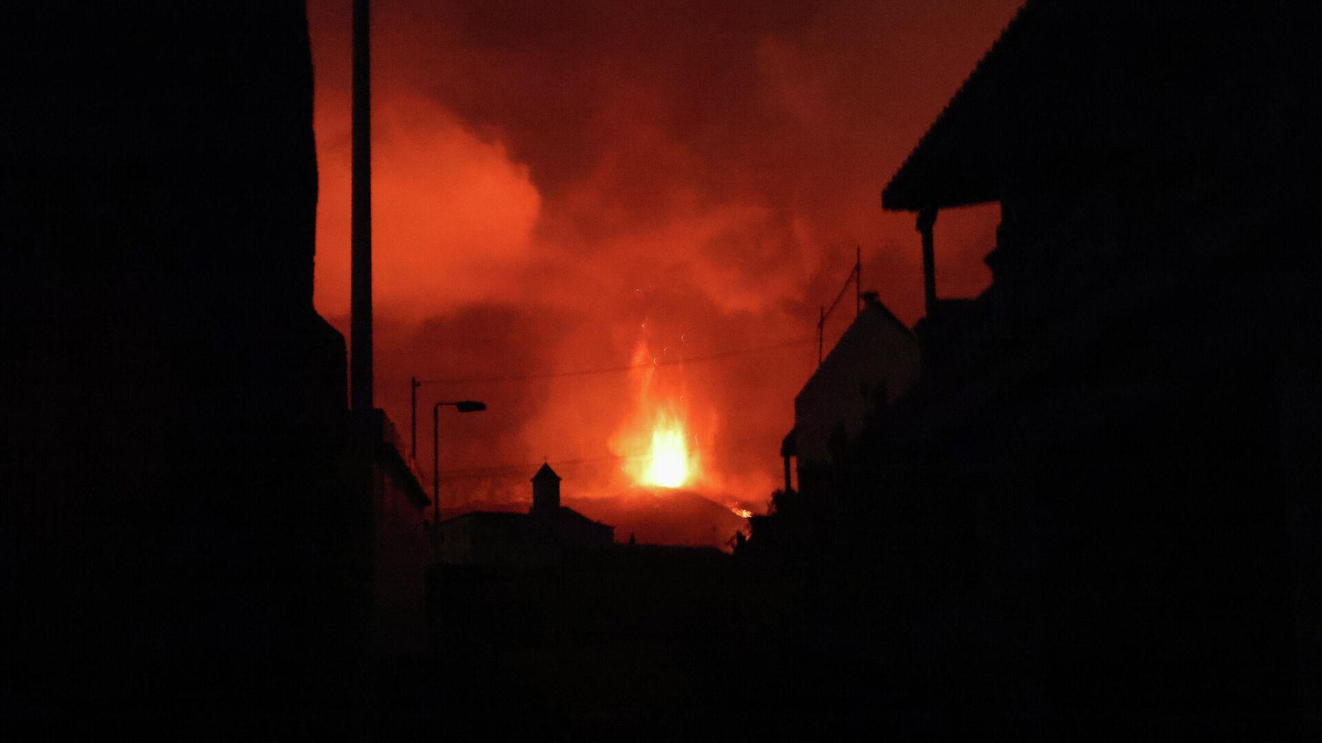 Erupción del volcán en La Palma - Sputnik Mundo, 1920, 03.10.2021