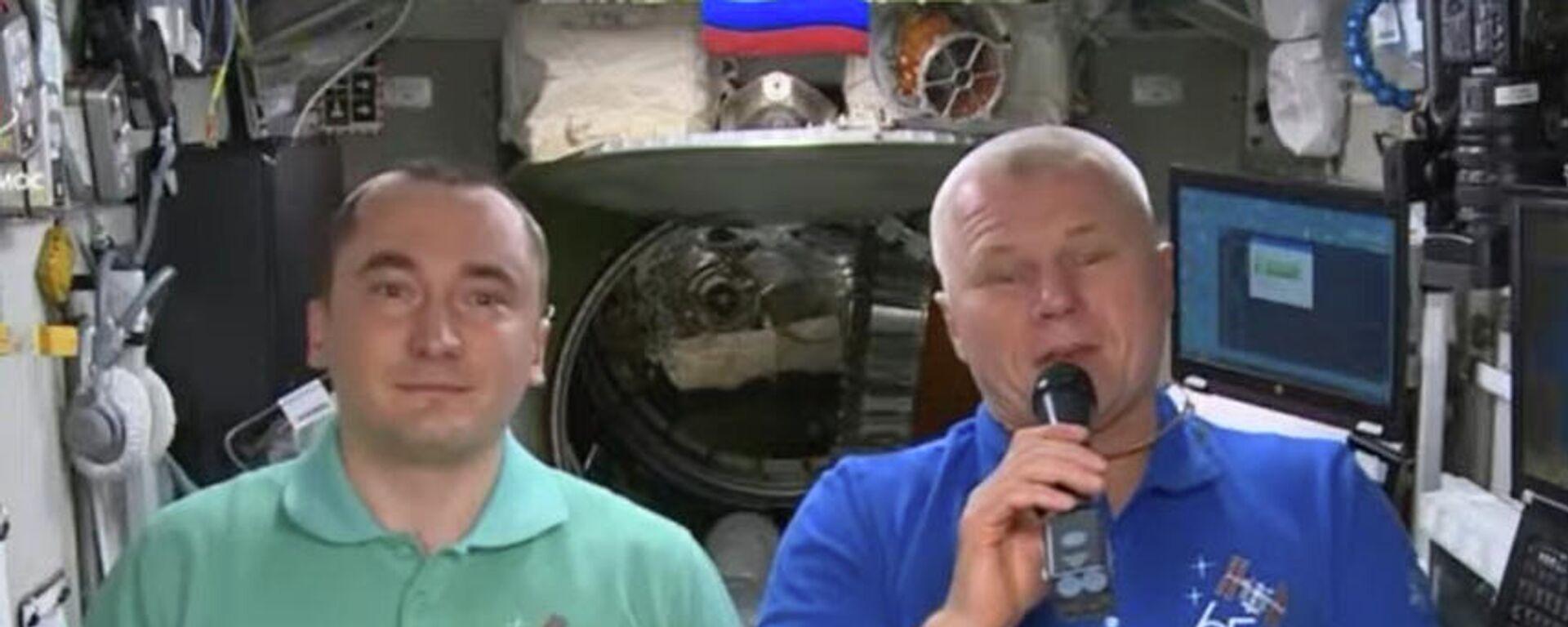 Piotr Dubrov y Oleg Novitski, cosmonautas rusos - Sputnik Mundo, 1920, 23.09.2021