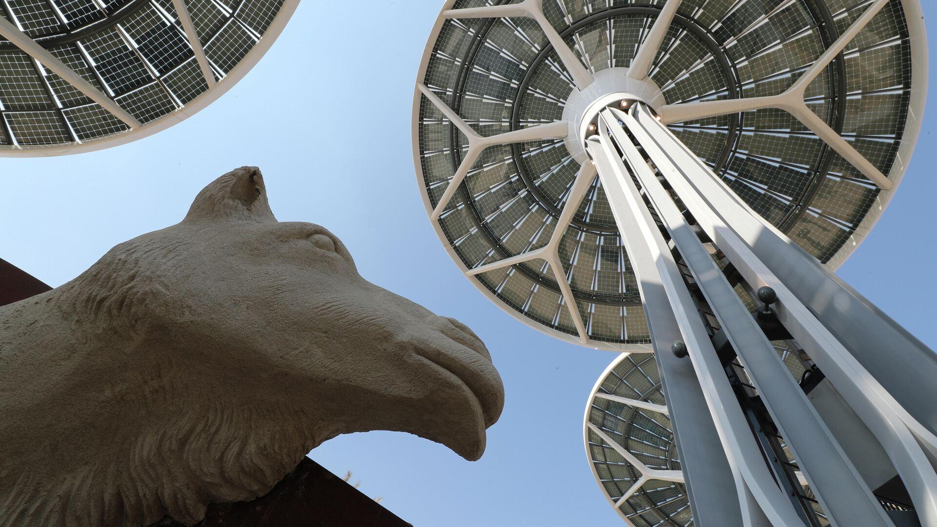 Unos árboles de energía  en Terra, in pabellón de la Exposición Universal de Dubái, Emiratos Árabes Unidos. - Sputnik Mundo, 1920, 23.09.2021