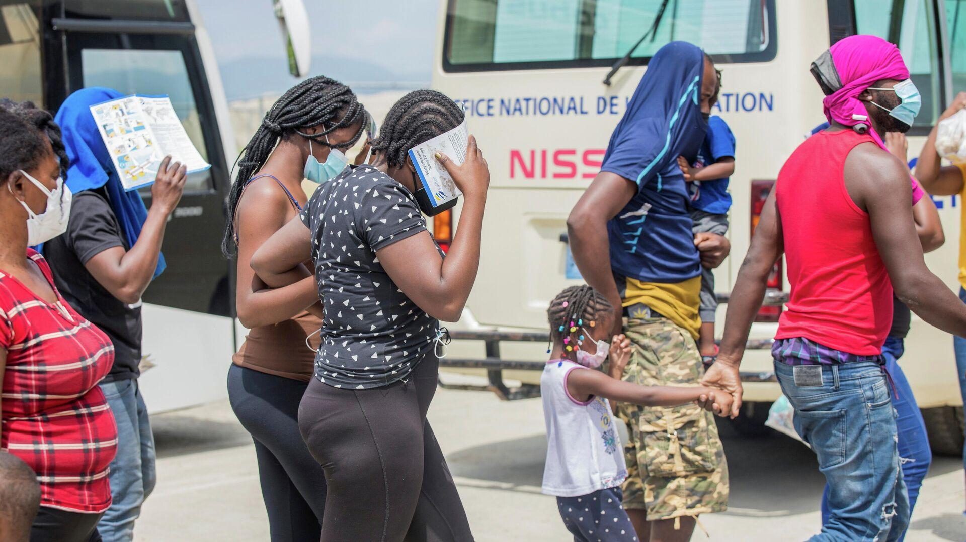 Migrantes haitianos - Sputnik Mundo, 1920, 01.10.2021