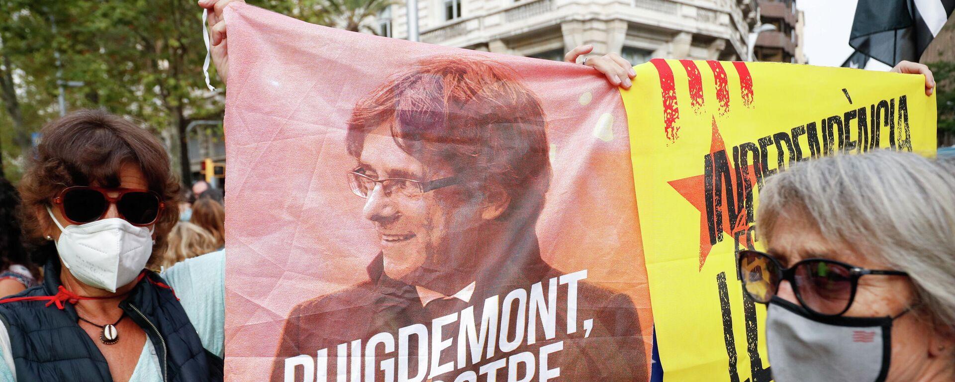 Protesta contra la detención del expresidente de Cataluña, Carles Puigdemont - Sputnik Mundo, 1920, 24.09.2021