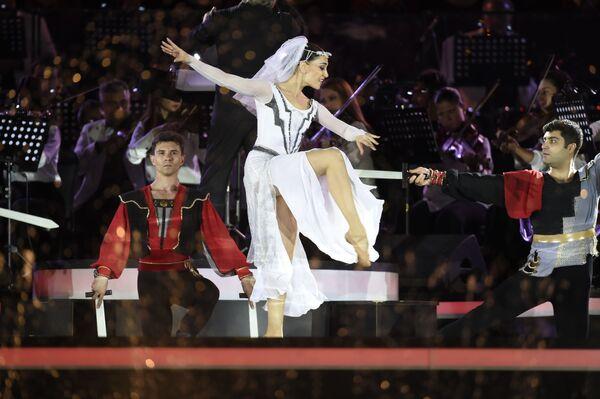 Un concierto festivo se celebró en Ereván con motivo del 30 aniversario de la formación de la República de Armenia. - Sputnik Mundo