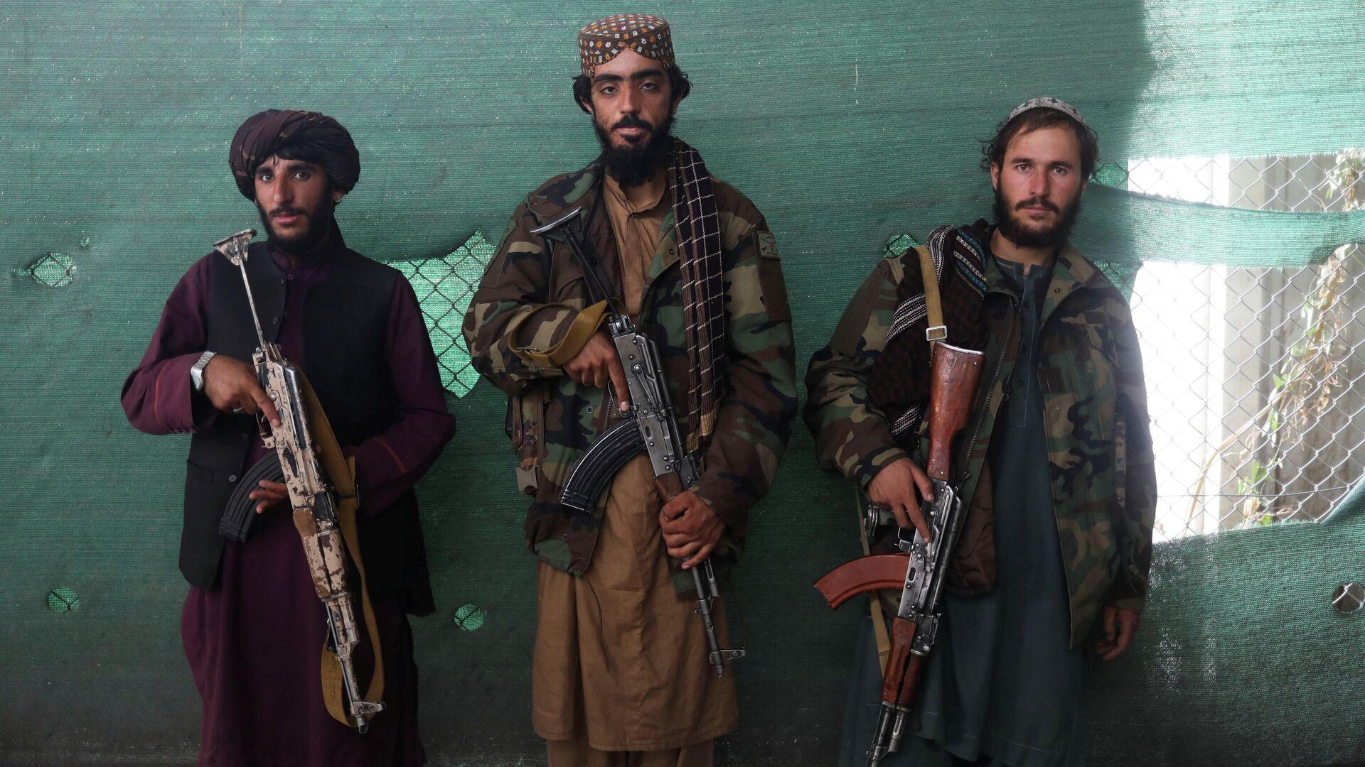 Militares talibanes - Sputnik Mundo, 1920, 14.10.2021