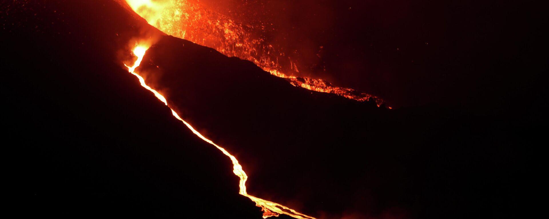 La erupción del volcán en La Palma - Sputnik Mundo, 1920, 26.09.2021