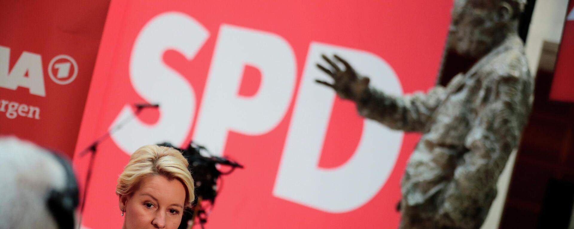 Franziska Giffey, del Partido Socialdemócrata (SPD), durante una entrevista, un día después de las elecciones parlamentarias, en Berlín, Alemania, el 27 de septiembre de 2021 - Sputnik Mundo, 1920, 27.09.2021
