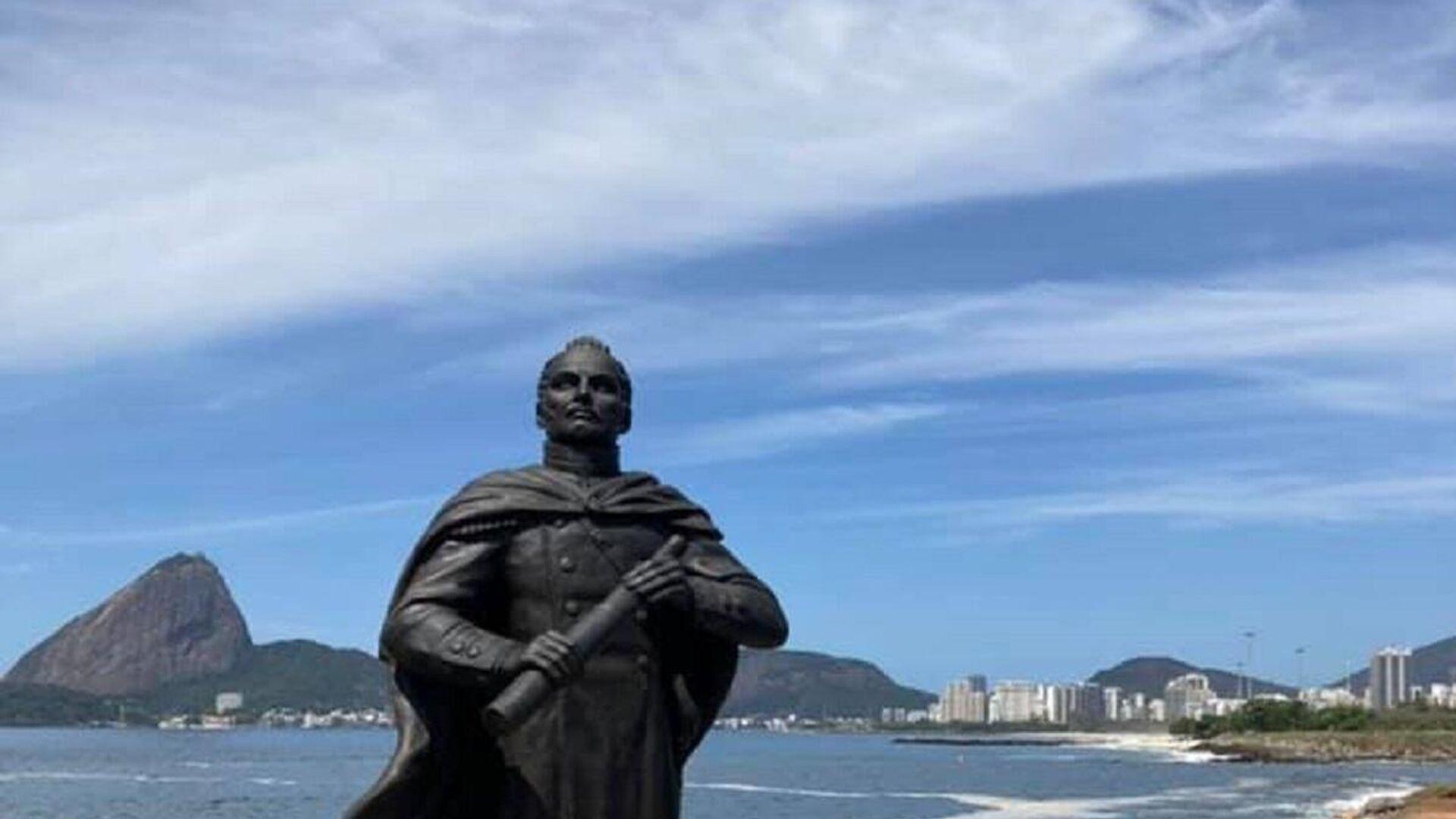 Monumento a Fadéi Bellingshausen, el jefe de la expedición rusa que descubrió la Antártida. - Sputnik Mundo, 1920, 27.09.2021