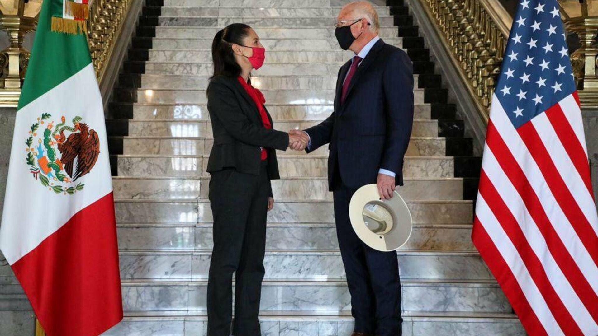 Reunión entre Claudia Sheinbaum, jefa de gobierno de la Ciudad de México y Ken Salazar, embajador de EEUU en México - Sputnik Mundo, 1920, 28.09.2021