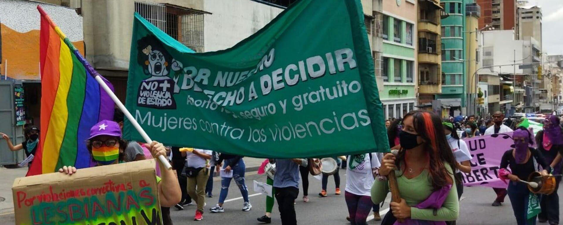 Organizaciones feministas marcharon por el centro de la capital venezolana por un aborto legal y seguro - Sputnik Mundo, 1920, 28.09.2021