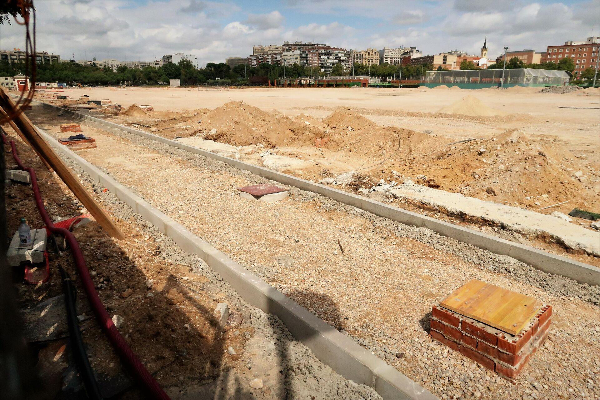 Obras para el nuevo proyecto en el terreno de Chamberí, en Madrid, donde se construyó el campo de golf - Sputnik Mundo, 1920, 29.09.2021