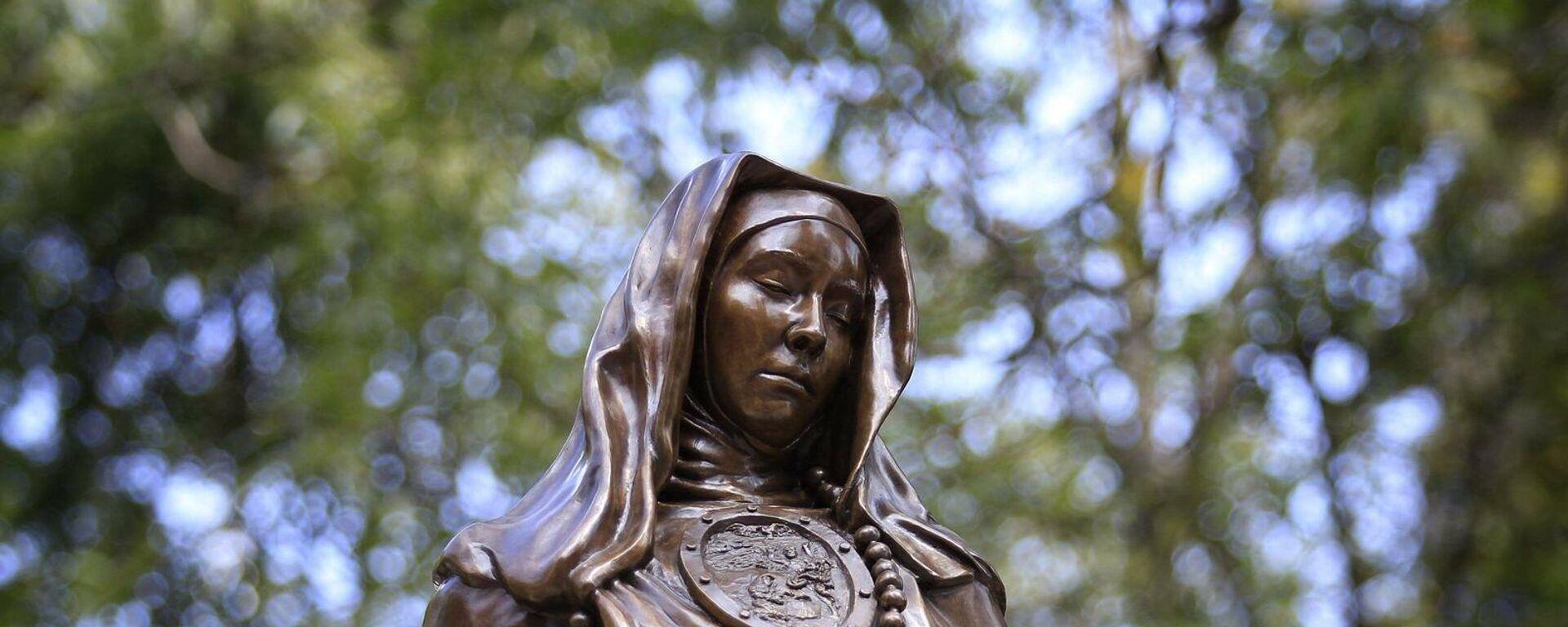Sor Juana Inés de la Cruz, escultura - Sputnik Mundo, 1920, 29.09.2021