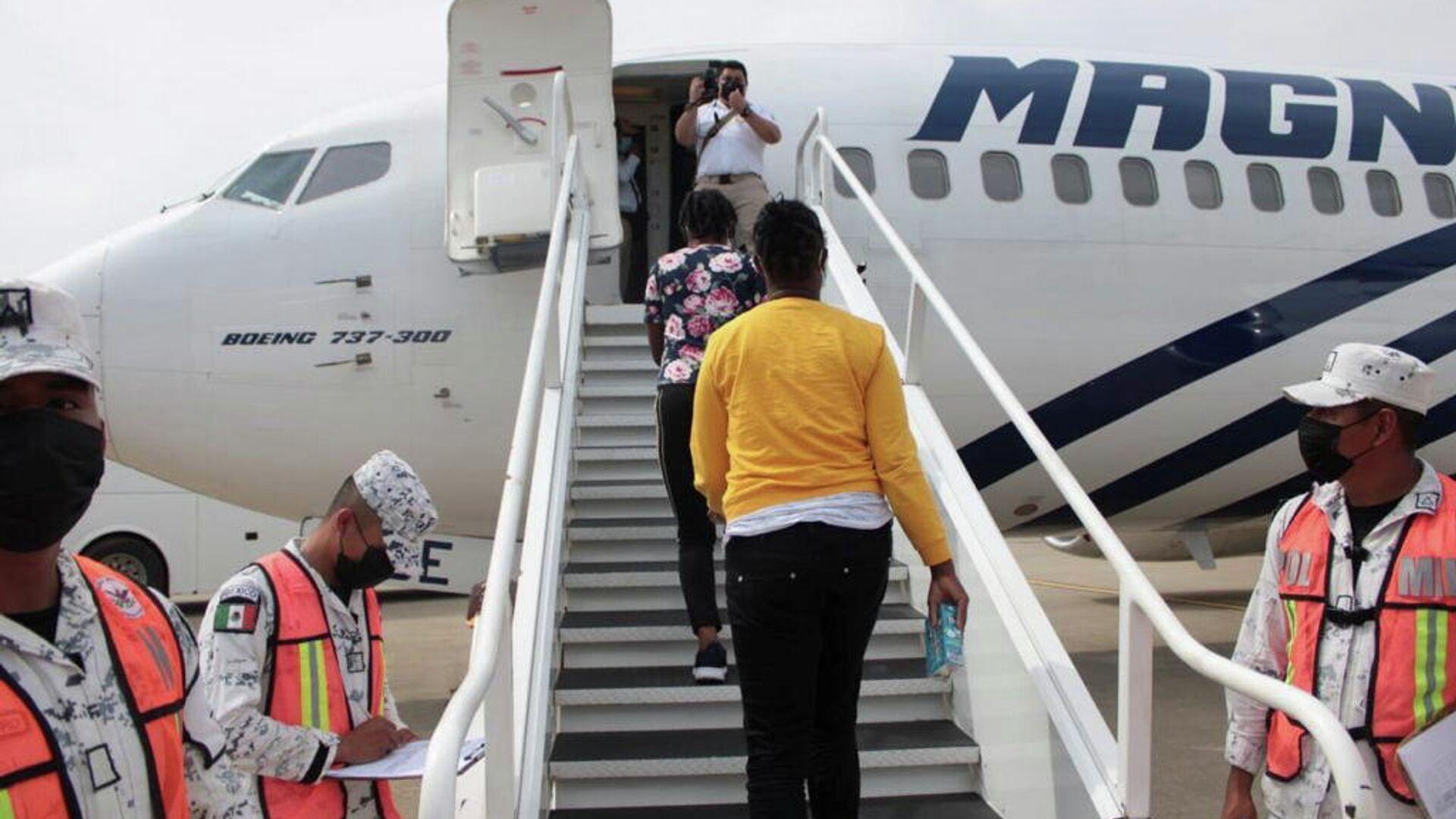 México reinicia vuelos de retorno humanitario hacia Haití  - Sputnik Mundo, 1920, 29.09.2021