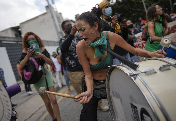 Celebraciones en el Día Internacional del Aborto Seguro en Caracas, Venezuela. - Sputnik Mundo