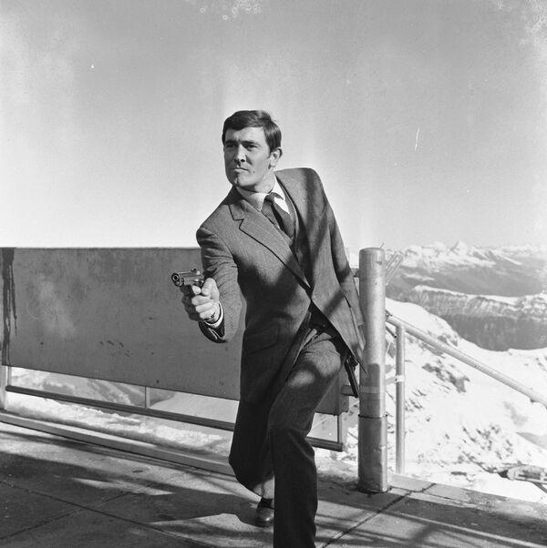 George Lazenby en Al servicio secreto de Su Majestad de 1969. - Sputnik Mundo